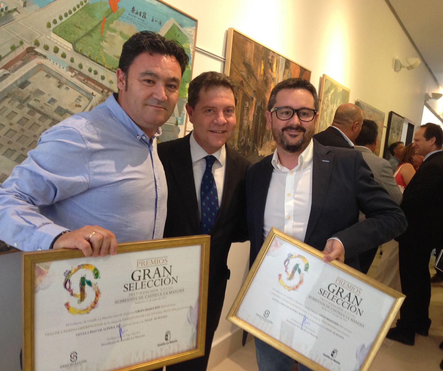 """Los vinos Rosado y Maceración Carbónica de Bodega Santa Cruz de Alpera, ganadores de los premios """"Gran Selección 2017"""" de Castilla La Mancha"""