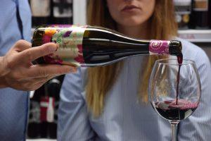 Bodega Santa Cruz de Alpera presenta sus vinos en Singapur, Japón y Taiwán